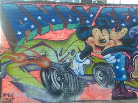 graffiti walls  street graffiti cartoon design