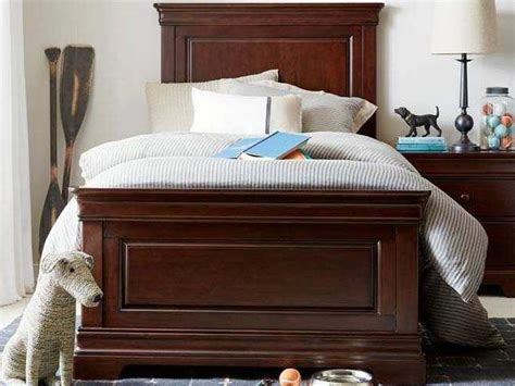 stone leigh furniture teaberry lane queen bedroom group stone leigh teaberry lane midnight cherry queen panel