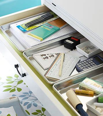 Cookie Sheet Drawer by Simple Steps To Organize A Junk Or Desk Drawer With Style
