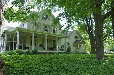 wrap around porch dream homes pinterest dream home an old farmhouse but with a wrap around porch
