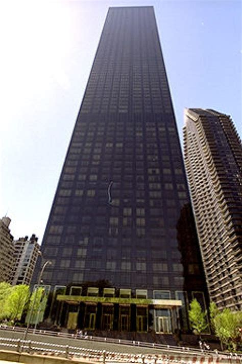 trump world tower jeter puts trump penthouse on market for 20m ny daily news