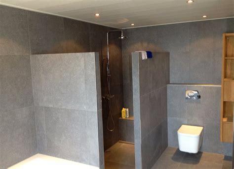 nieuwe badkamer zonder bad luxe badkamer met grote grijze tegels jarin