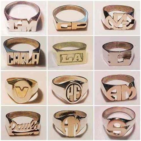 cadenas de plata para mujer con iniciales 1000 ideas sobre anillos iniciales en pinterest anillos