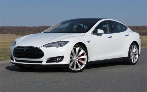 consumer reports no longer recommends the tesla model s