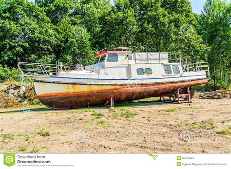 land boat old boat on dry land stock images image 32784394