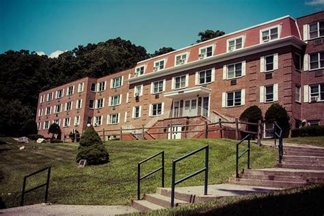 pace housing westchester housing martin hall pace university