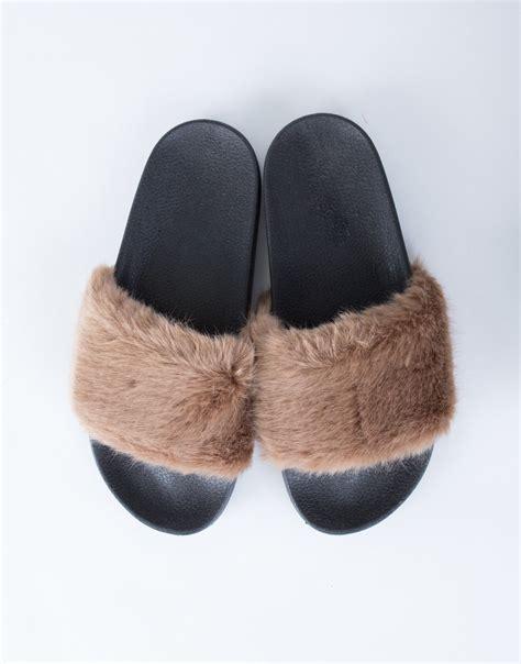Soft Fur Slides   Faux Fur Slippers   Furry Slides   Fur