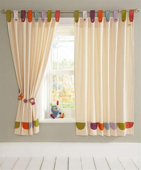 rideau pour fenetre chambre meuble chambre enfant avec rideaux pour fenetre