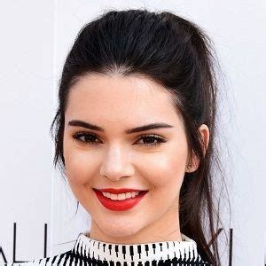 kendall jenner biography imdb kendall jenner biography affair in relation ethnicity
