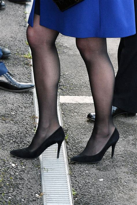 Catherine Hells kate middleton got heel stuck in a grate during event