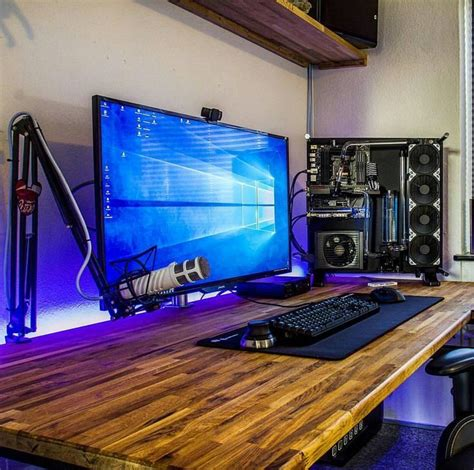 Big Gaming Desk 25 Best Ideas About Pc Setup On Pinterest Gaming Desk Gaming Setup And Computer Setup