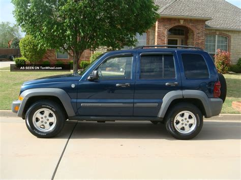 jeep liberty roof 2005 jeep liberty sport crd 2 8 diesel alloys roof rack