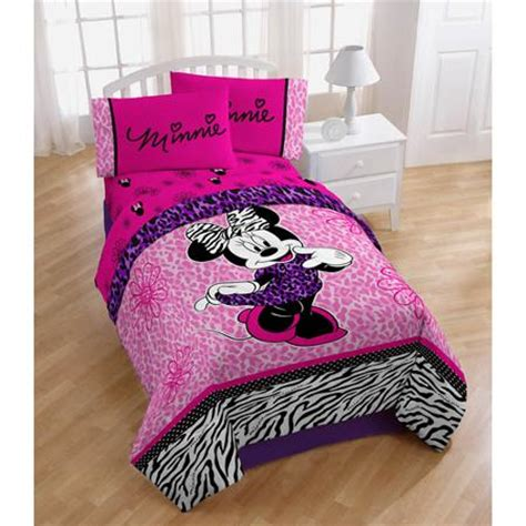 minnie mouse twin bedding disney minnie mouse diva twin full bedding comforter pink