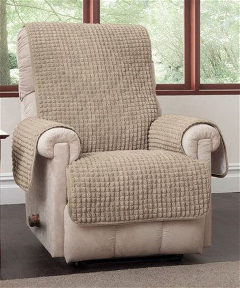 lazyboy recliner cover 25 best ideas about recliner cover on pinterest