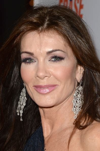 linda vanserpump hair more pics of lisa vanderpump long wavy cut 11 of 14