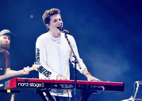 charlie puth tour 2017 charlie puth announces 2018 tour with hailee steinfeld