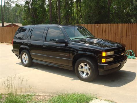 how does cars work 2000 chevrolet tahoe security system chevrolet tahoe questions what engine should i put into