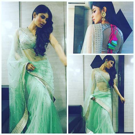 nagin 2 serial moni roy sari hd image mouni roy hot pics sizzling hot pics of mouni roy from