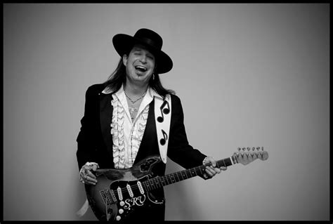 stevie ray vaughan gone 24 years ago today eransworld