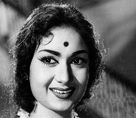 cleopatra biography in hindi actress savithri ganesan south indian actress