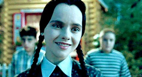 how wednesday addams would react to catcalling complete stranger tells me i m gonna be a mum by 25 and i