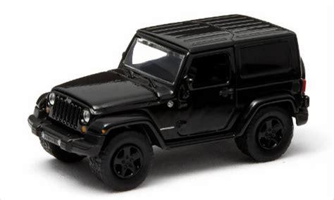 Miniatur Jeep Wrangler Unlimited Skala 64 jeep wrangler black dekor 2014 greenlight diecast model