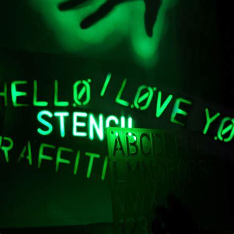 glow lights glow graffiti light spray paint with light the green