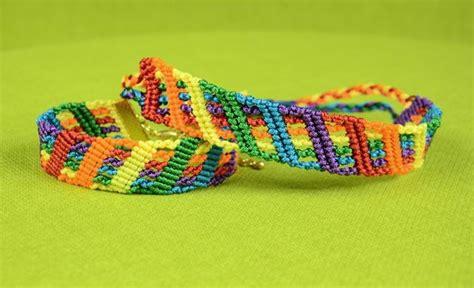 colorful rainbow diy friendship bracelet allfreejewelrymakingcom