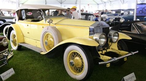 yellow rolls royce great gatsby auto ici les films cultes a collection of cars and
