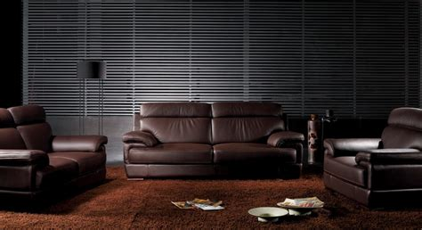 the different types of small leather sofas for small rooms