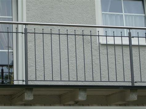 treppengeländer verzinkt bausatz balkongel 228 nder edelstahl preise balkonverkleidung