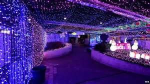 canberra christmas lights set world record public radio