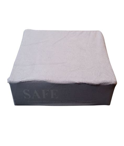 Are Pillows Safe by Safe Rest S Pillow Protector Buy Safe Rest S Pillow