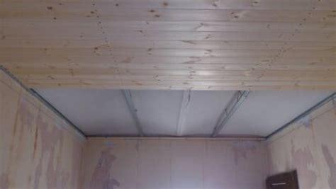 controsoffitti legno controsoffitto in perline legno idee tetti