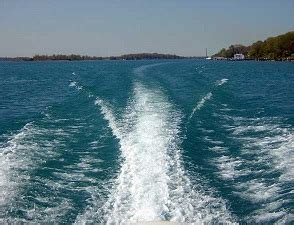 boat wake definition wake meaning spinfold