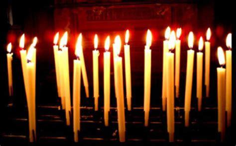 accendo una candela alla madonna febbraio 2012