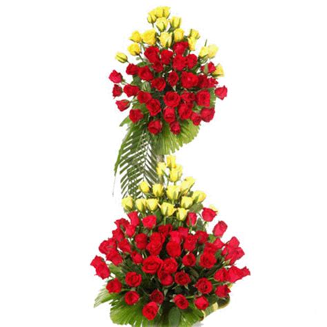 Send Arrangements by Send Anniversary Gifts To Solapur Wedding Anniversary