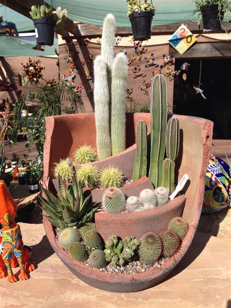 cactus planter cactus planter love this take a broken pot and add