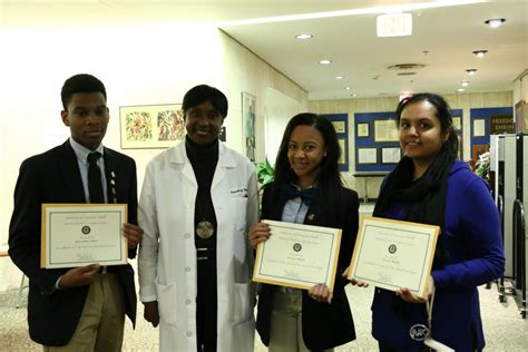 Mini Mba For Physicians by Mini Dental Program Graduates 66 High Schoolers