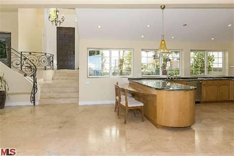 Trulia Malibu by Take A Tour Of Bruce Jenner S Malibu Beach Bachelor Pad