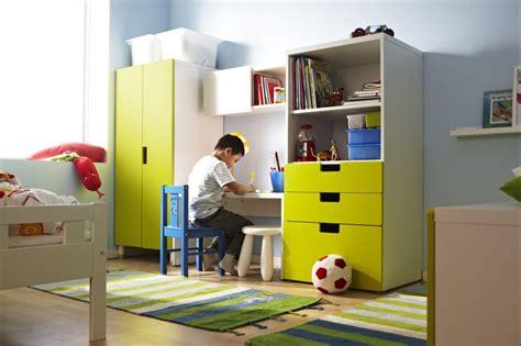 lada cameretta bimbo urządzamy regały szafy i komody w dziecięcym pokoju