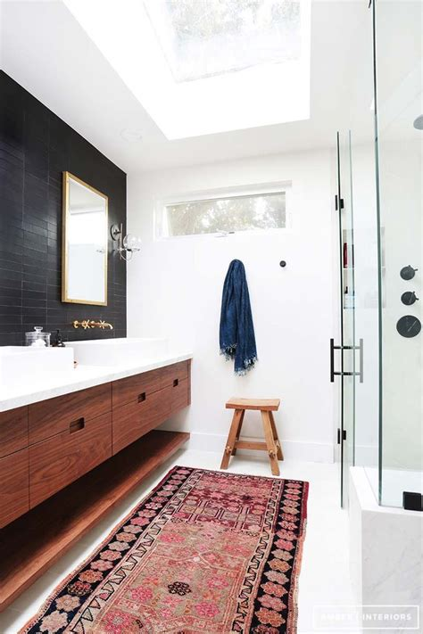 mid century modern bathrooms 25 best ideas about bathroom rugs on kilim