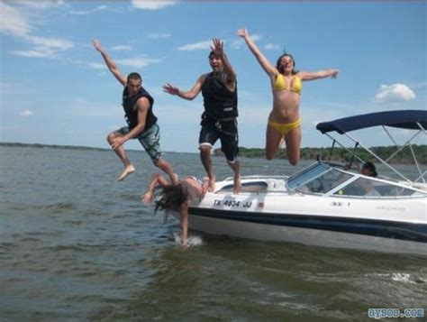 boat fail pictures failed jumping off a boat picture funny videos and