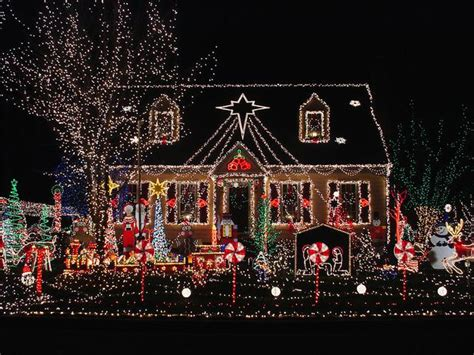 best christmas decorated homes 10 superb outdoor christmas decoration ideas