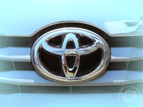 toyota brand cars toyota logo free stock photo image picture toyota logo