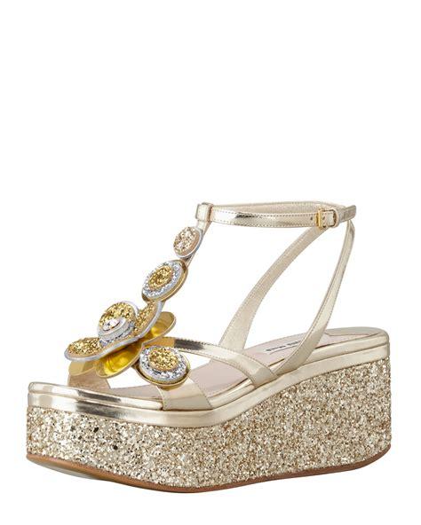 Wedges Kokop Hitam Glitter Gold lyst miu miu metallic glitter flower wedge gold in metallic