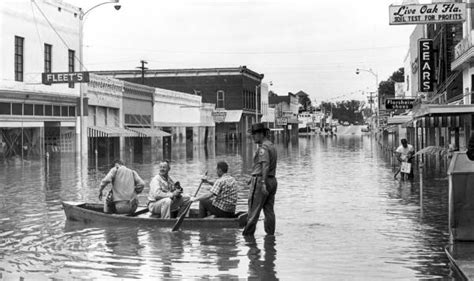 hurricane boats for sale jacksonville fl florida memory photographers in boat on flooded street