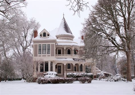 winter homes the settlemier house a victorian mansion in woodburn or