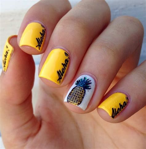 Designer Nails Solana