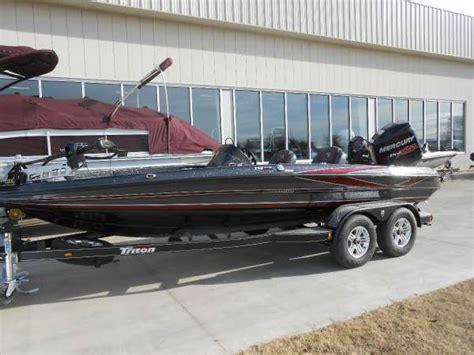 triton boats oklahoma triton new and used boats for sale in ok